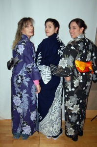 Me my sis and nephew.  It was difficult to fit 3 people in with our narrow backdrop.  I really liked that yukata obi combo I'm wearing.